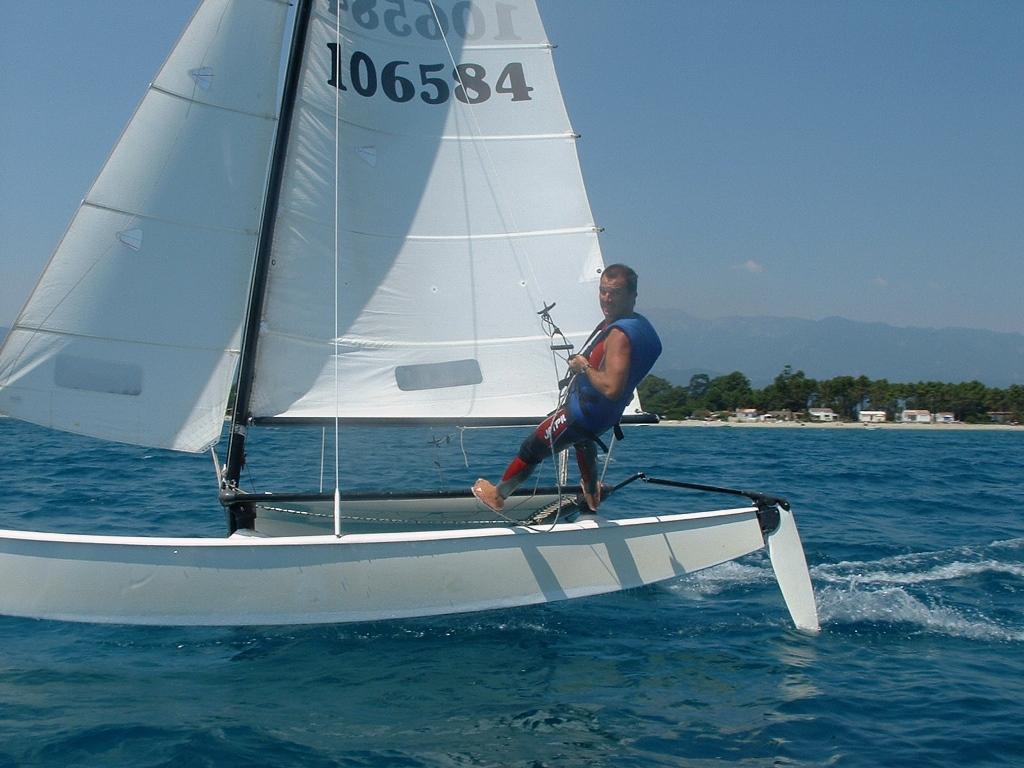 cata-1-flotteur-2-ghisonaccia-fun-orizonte