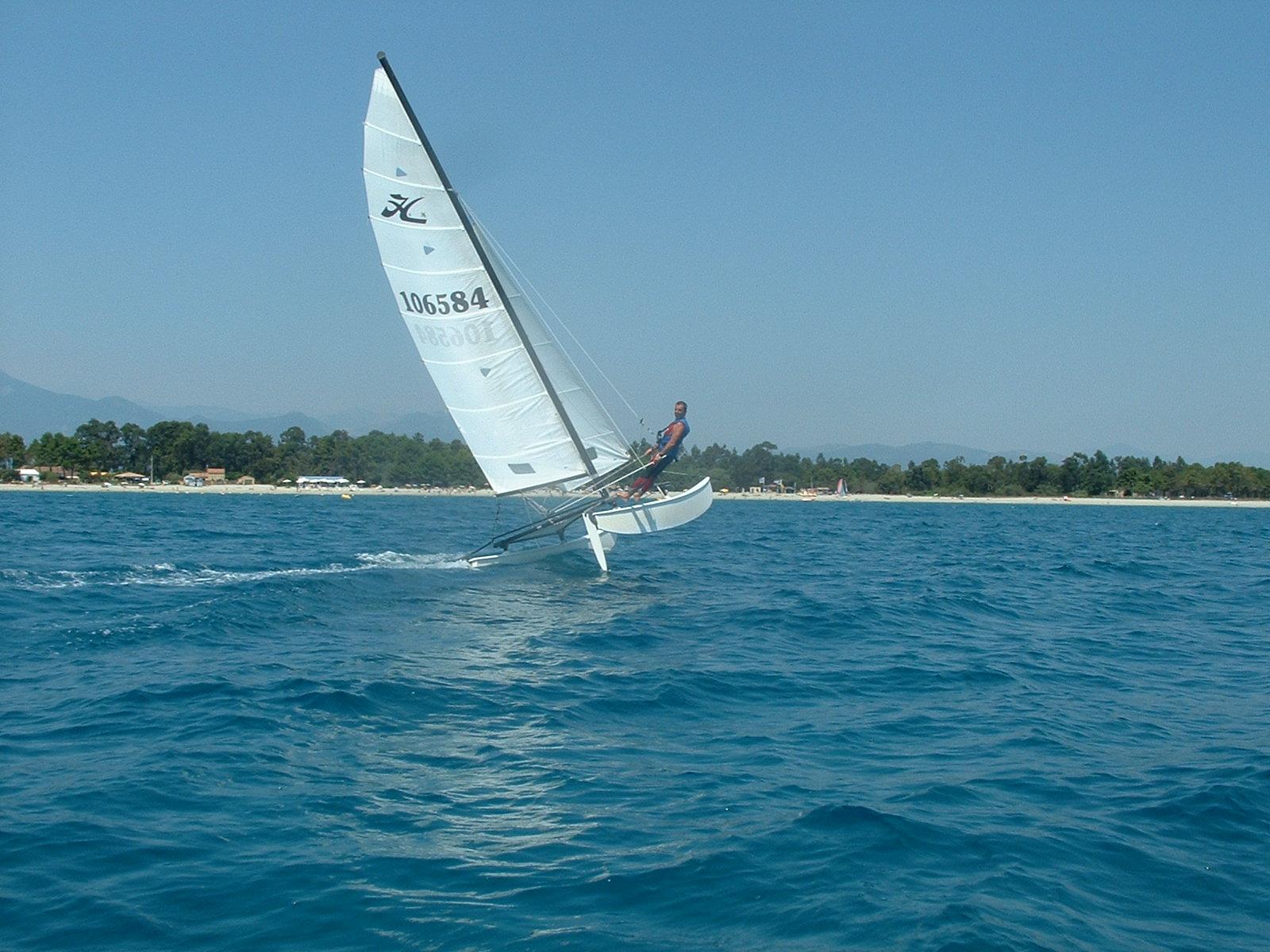 cata-1-flotteur-ghisonaccia-fun-orizonte